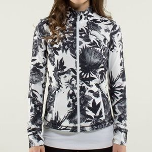 Lululemon Forme Jacket II Brisk Bloom Blac…
